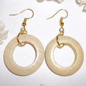 VINTAGE Wood Hoop Earring Set Gold Jewelry 4689